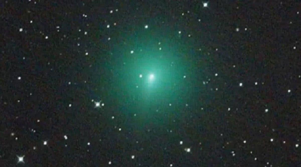 reglez-votre-reveil-une-comete-geante-va-illuminer-le-ciel-en-avril