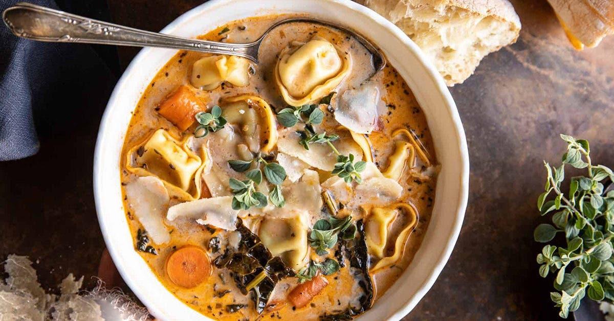 Soupe crémeuse de légumes aux tortellinis à la mijoteuse