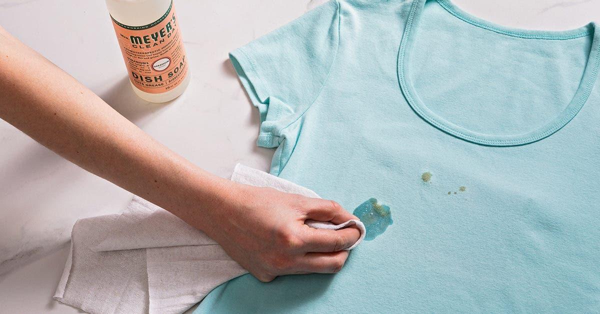 Comment enlever une tache d'huile sur un vêtement ? 4 astuces infaillibles
