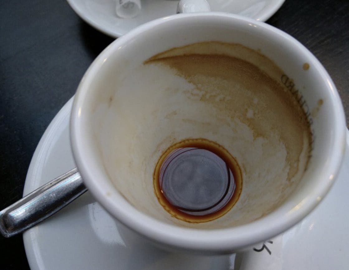 taches de café