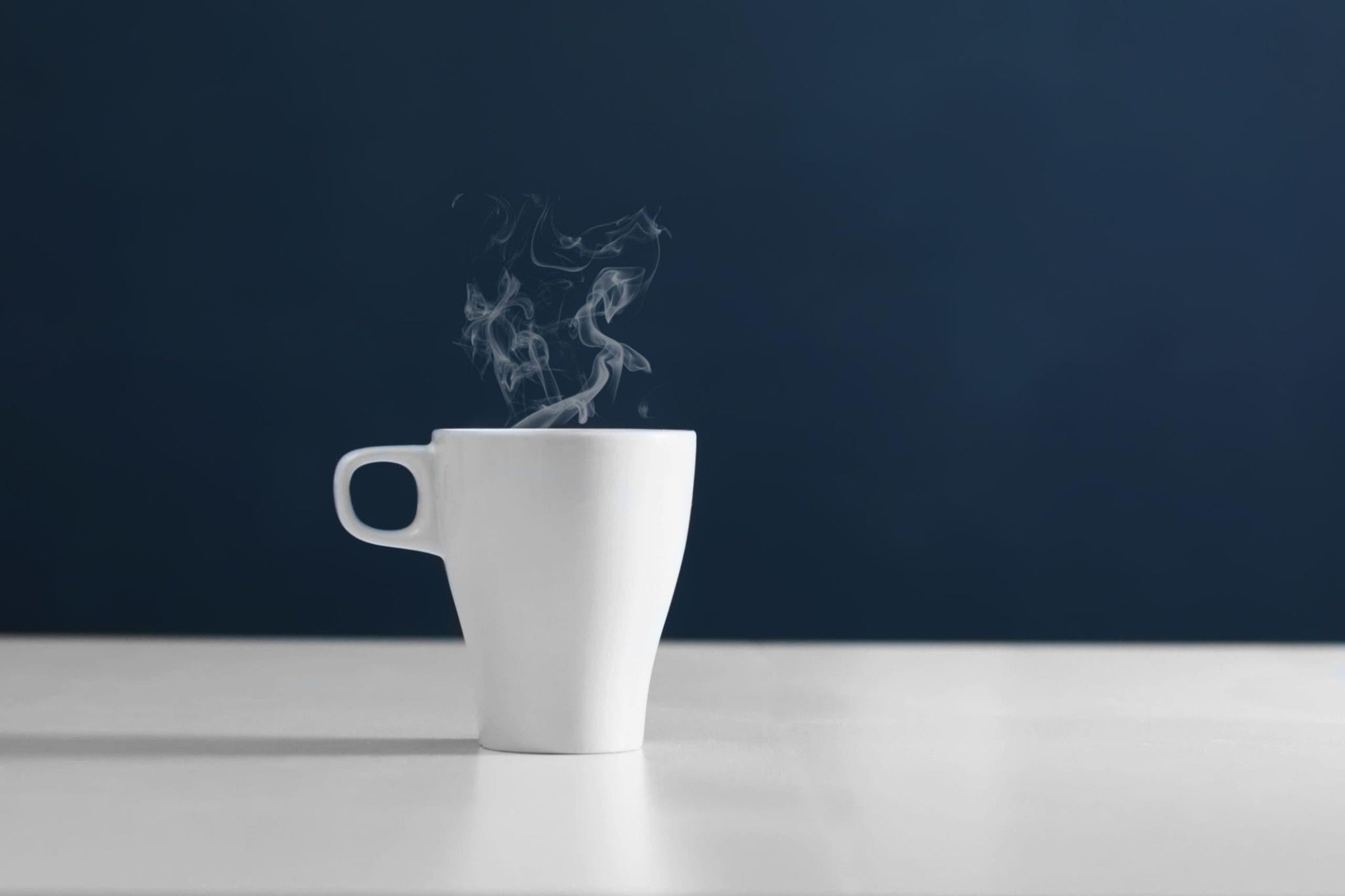 tasse d'eau chaude