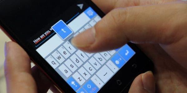 Voici pourquoi les SMS brouillent-t'ils les couples ?