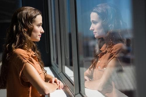 traits de personnalité merveilleux des gens solitaires
