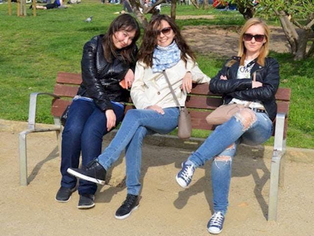 trois femmes banc