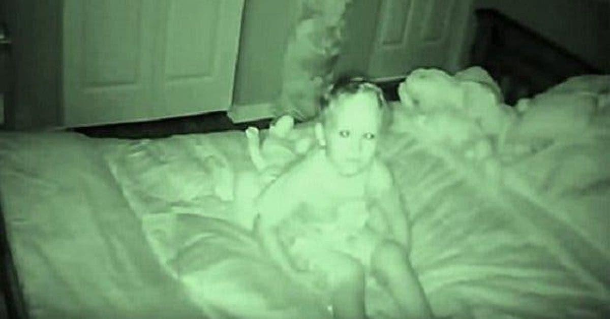 un enfant de 3 ans dit que quelquun lui parle la nuit ce que sa mere a decouvert est choquant 1