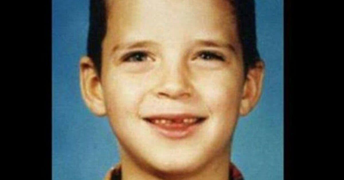 un garcon de 8 ans attache a un arbre viole puis brule obtient justice grace aux derniers mots sur son lit de mort 1 1