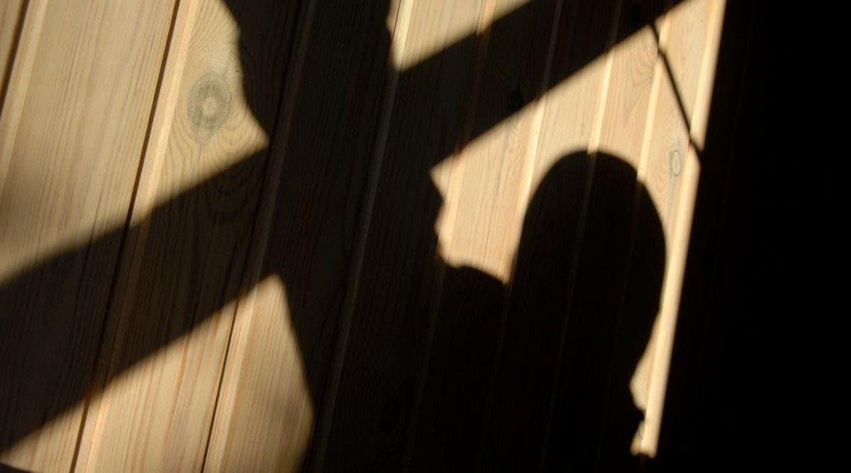 Un garçon trisomique est violé dans une école par un membre du personnel