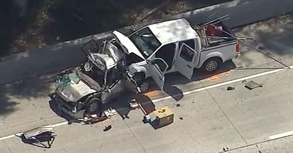 un-homme-decouvre-un-accident-de-voiture-il-trouve-sa-femme-et-ses-quatre-enfants-au-milieu-des-debris
