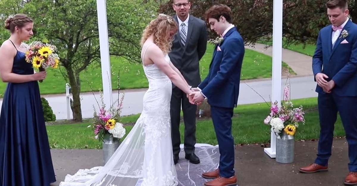 un-lyceen-qui-na-plus-que-quelques-mois-a-vivre-se-marie-avec-sa-petite-amie