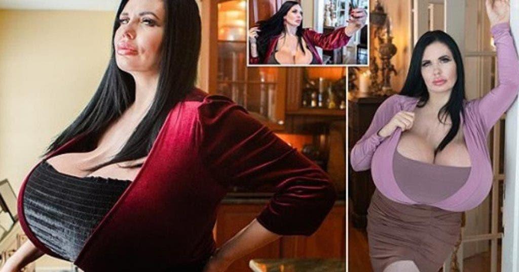 un-mannequin-avec-une-enorme-poitrine-affirme-quelle-narretera-jamais-la-chirurgie