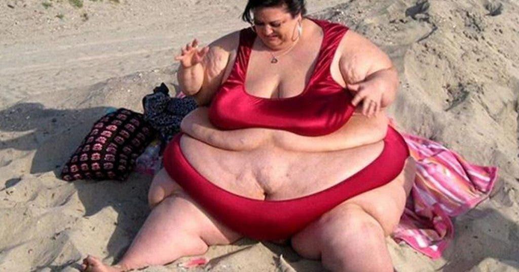 un-mari-malsain-pousse-sa-femme-a-devenir-obese-pour-son-propre-plaisir