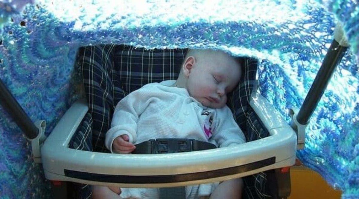 un-pediatre-recommande-de-ne-plus-couvrir-la-poussette-des-bebes