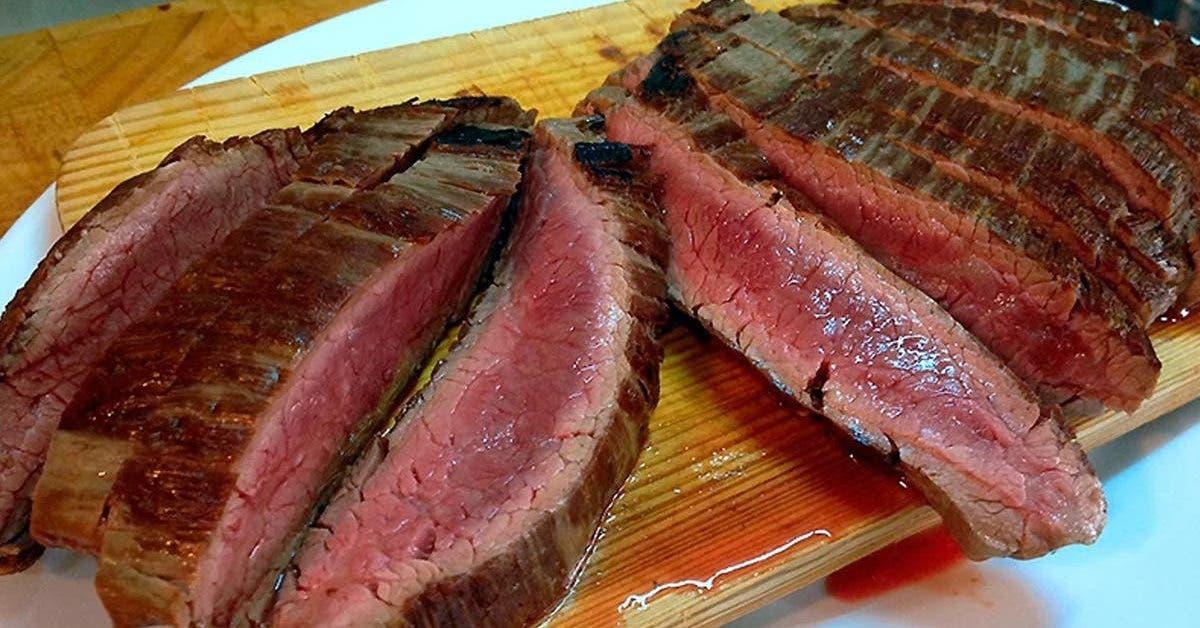 une-astuce-maison-avec-de-lhuile-et-du-vinaigre-pour-obtenir-une-viande-tendre-et-juteuse
