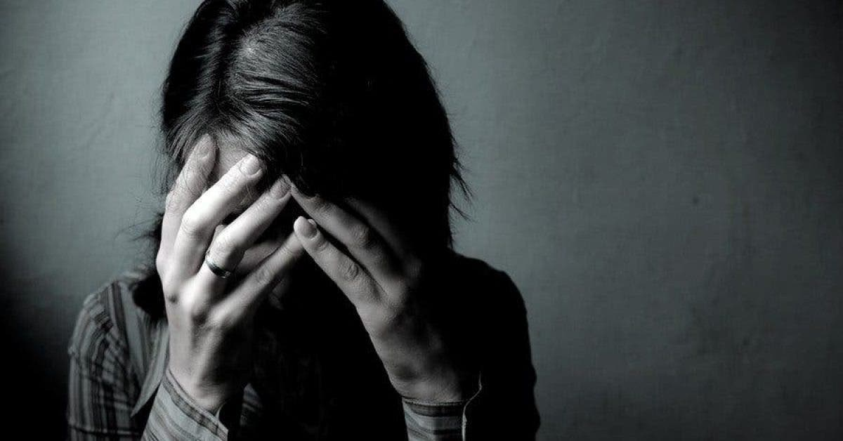 une femme met le feu a son mari pour avoir abuse sexuellement de sa fille de 7 ans 1