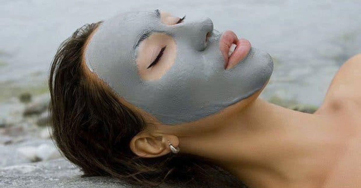 une lotion faite maison pour nettoyer et blanchir la peau11