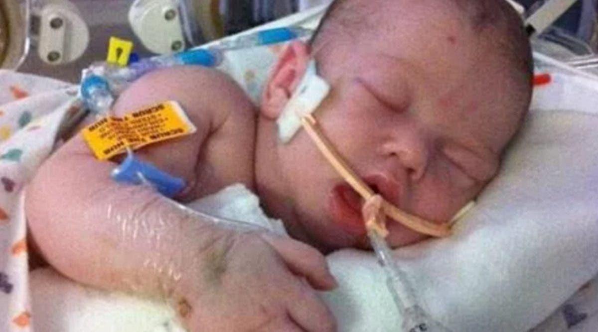 une-maman-met-en-garde-contre-lallaitement-maternel-apres-que-son-bebe-soit-mort-de-faim
