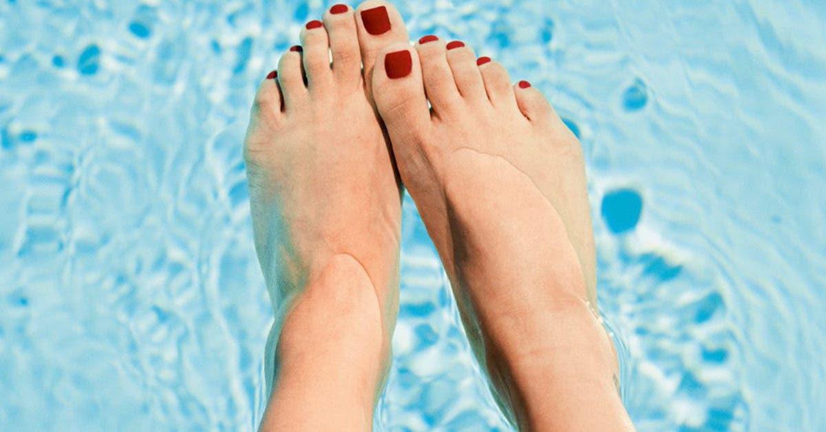 Vous aimez le verni sur les ongles des pieds ? Voici 18 idées à faire