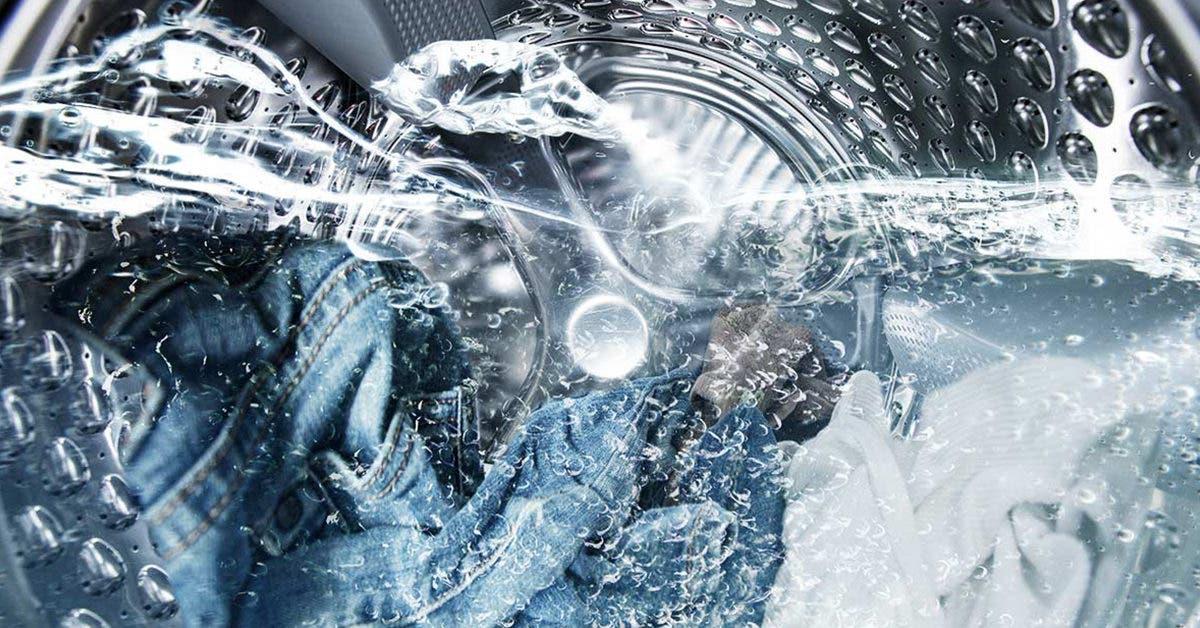 Le vinaigre est la clé pour avoir des serviettes douces, des vêtements plus blancs et bien plus encore pour la lessive