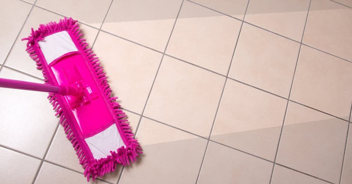 voici-comment-preparer-un-detergent-naturel-pour-nettoyer-le-sol-les-joints-et-les-surfaces-de-la-maison