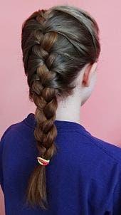 la coupe de coiffure parfaite pour vous selon votre signe du zodiaque