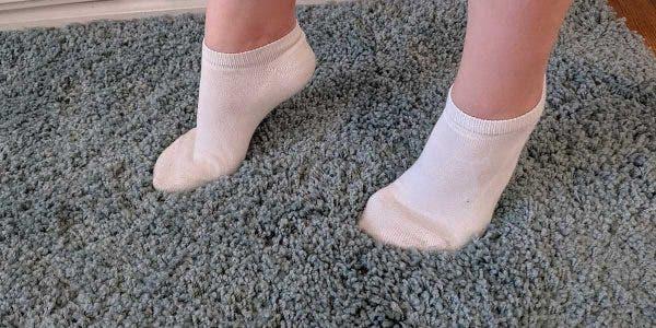 voila-ce-que-signifie-de-voir-votre-enfant-marcher-sur-la-pointe-de-ses-pieds