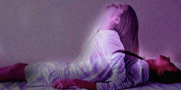 vous-est-il-deja-arrive-de-vous-reveiller-paralyse-et-de-ne-pouvoir-ni-bouger-ni-crier-voici-ce-que-cela-signifie