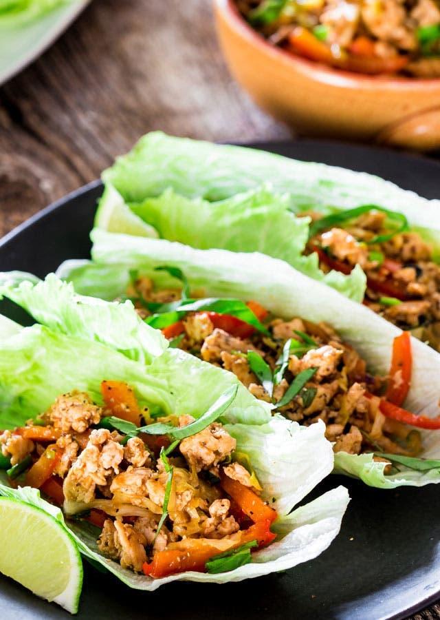 wrap laitue poulet a la thailandaise