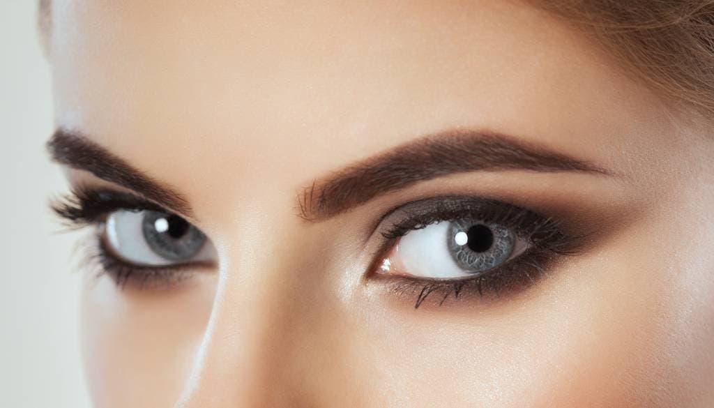 yeux gris